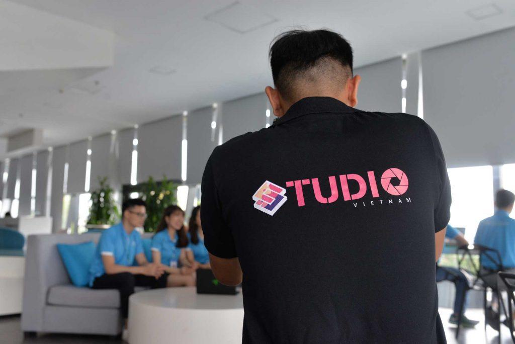 Dịch vụ chụp ảnh – Studio Việt Nam